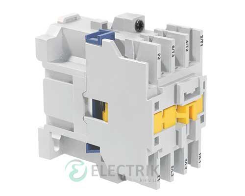 Контактор электромагнитный ПМ12-010100 10 А 230 В/AC3 1НО, IEK