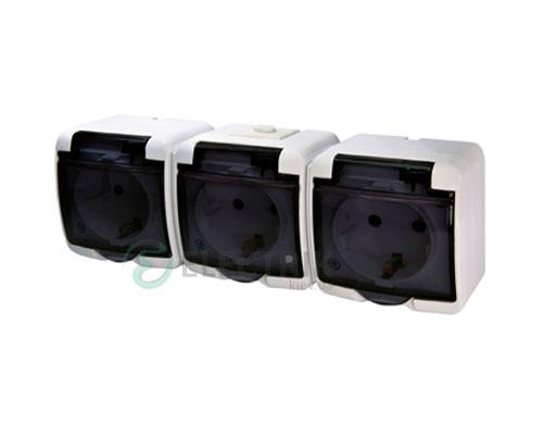 Розетка тройная с з/к ETI HERMETICS RHE-3sd Белый с дымчатой (прозрачной) крышкой
